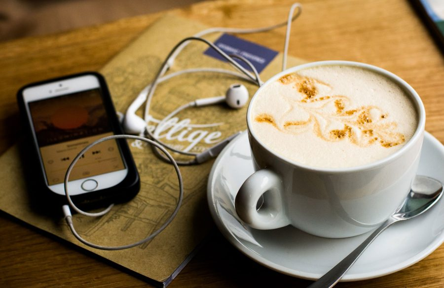 coffee-and-phone